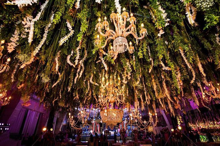Captivating & Enchanting Ceiling Decor Ideas for a Perfect Celebration