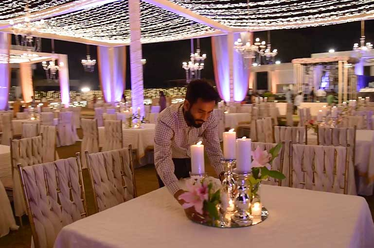 How to Select the Best Wedding Decorator for Your Wedding